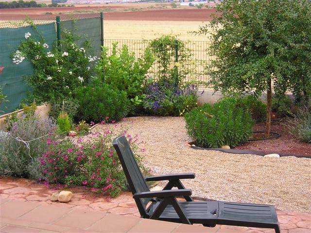 Mi jard n paso a paso a n sin terminar - Como arreglar mi jardin ...