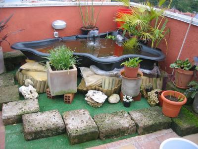 Consejos para mi peque o estanque prefabricado en la for Filtros para estanques pequenos