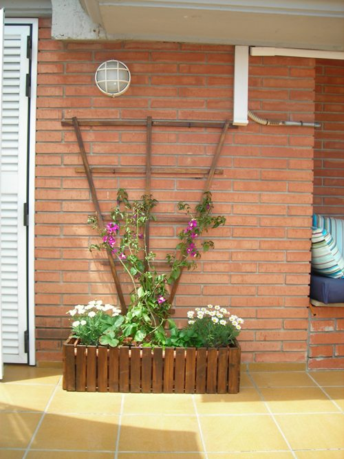 Jardineras jardineras de madera para exterior holidays oo for Jardineras de madera para exterior