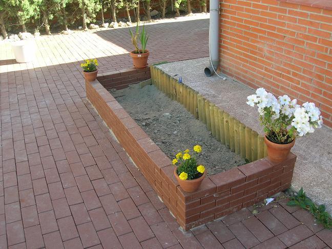 Jardineras altas gallery of flores jardinera with - Jardinera grande barata ...